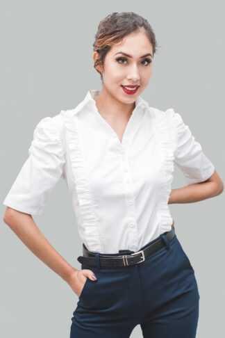 Blusa blanco volantes y abullonada